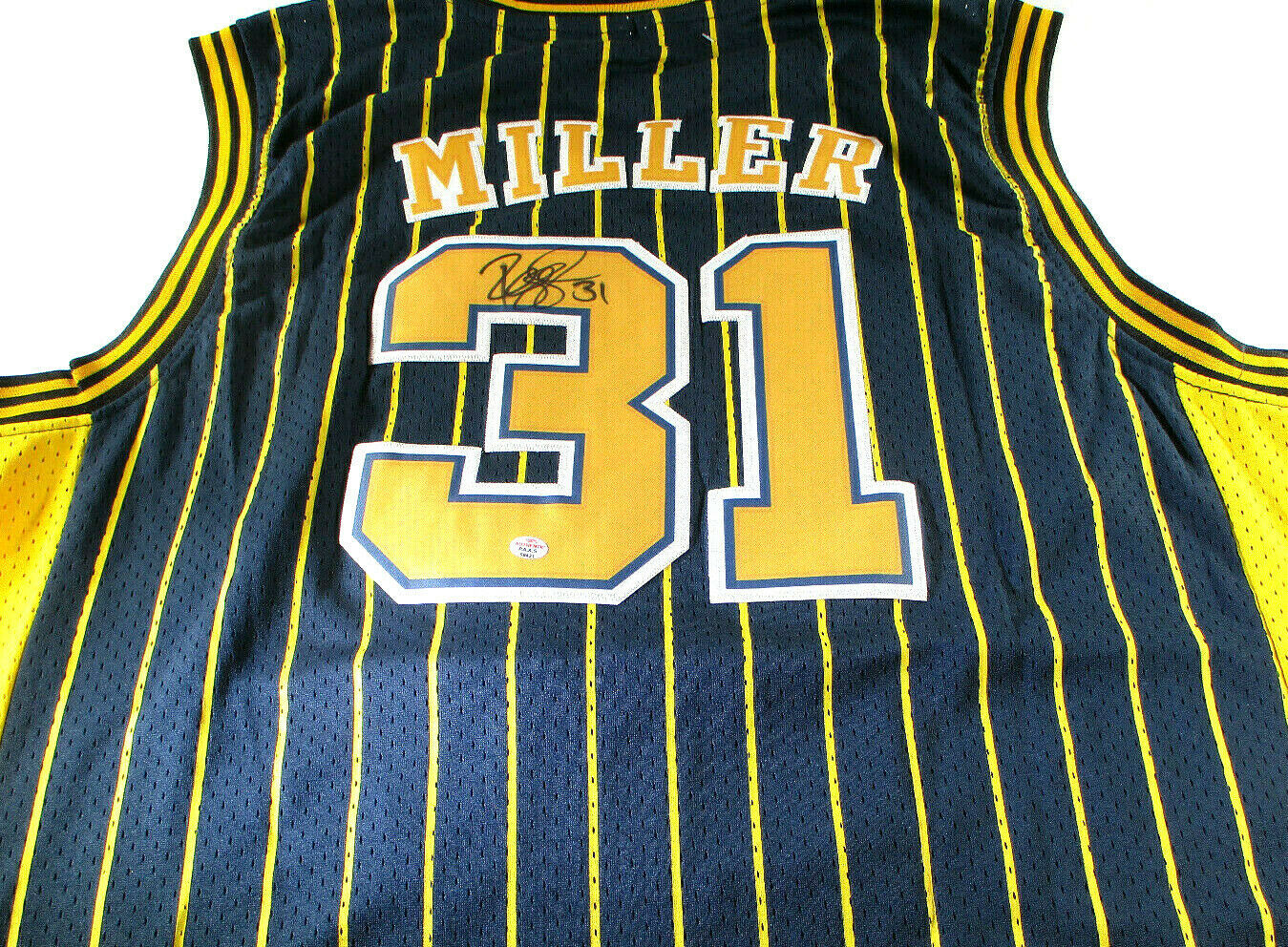 REGGIE MILLER / HALL OF FAME / AUTOGRAPHED INDIANA PACERS THROWBACK JERSEY / COA