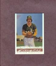 2003 Topps Gallery HOF Refractor # 70 Rollie Fingers Oakland Athletics - $2.99