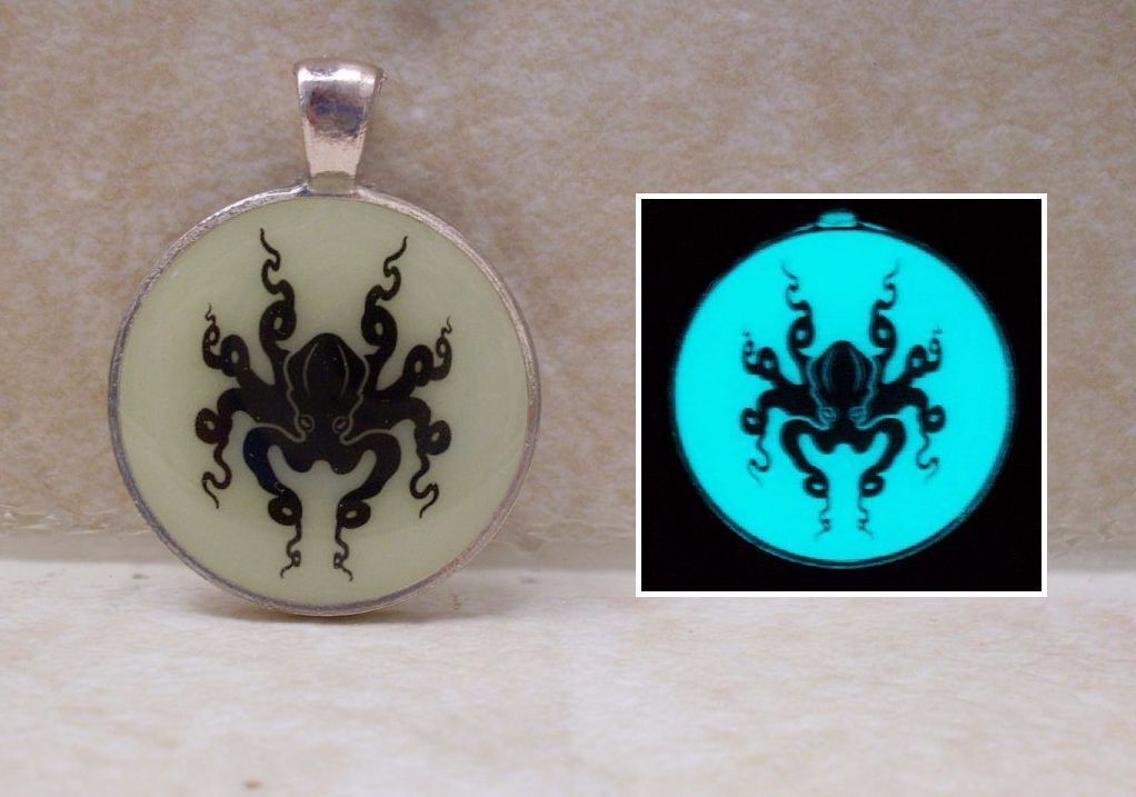 Primary image for OCTOPUS Silhouette Glow in the Dark Ocean Sea Pendant Charm Animal Necklace