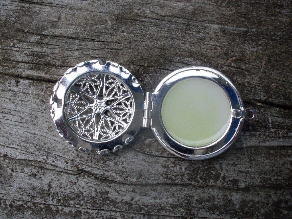 GLOW IN THE DARK Silver CIRCLE Filigree Locket Vintage Gothic Steampunk Pendant