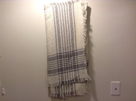 New White Gray Plaid Knitted Wrap Scarf Adorable