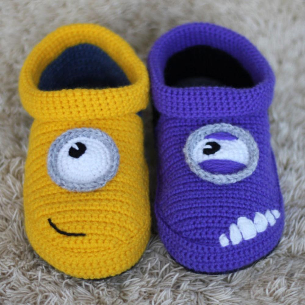 Minion Slippers Crochet Pattern: Crochet minion slippers for adults ...
