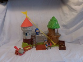 MIKE THE KNIGHT GLENDRAGON CASTLE PLAYSET FISHER-PRICE  With Figures Hor... - $12.82
