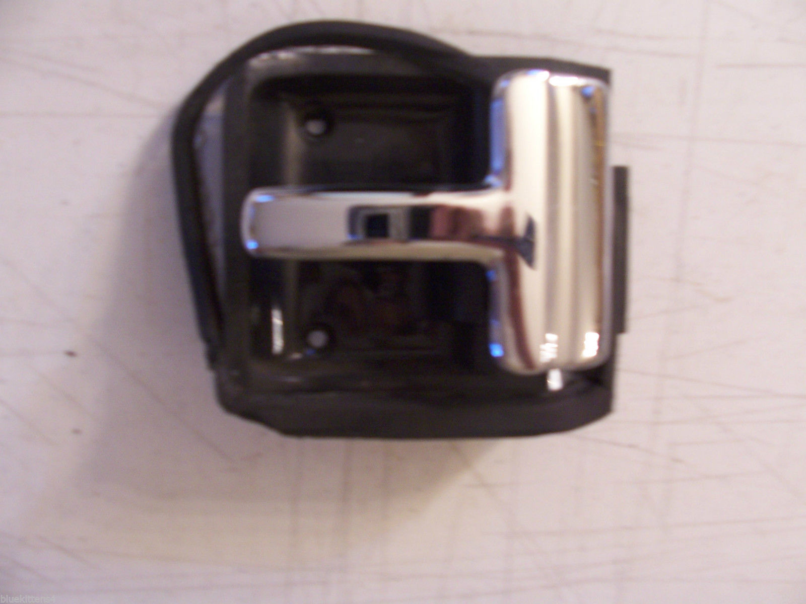 CONTINENTAL INTERIOR DOOR HANDLE INSIDE RIGHT OEM USED LINCOLN 88 89 90 91 92 93 image 2