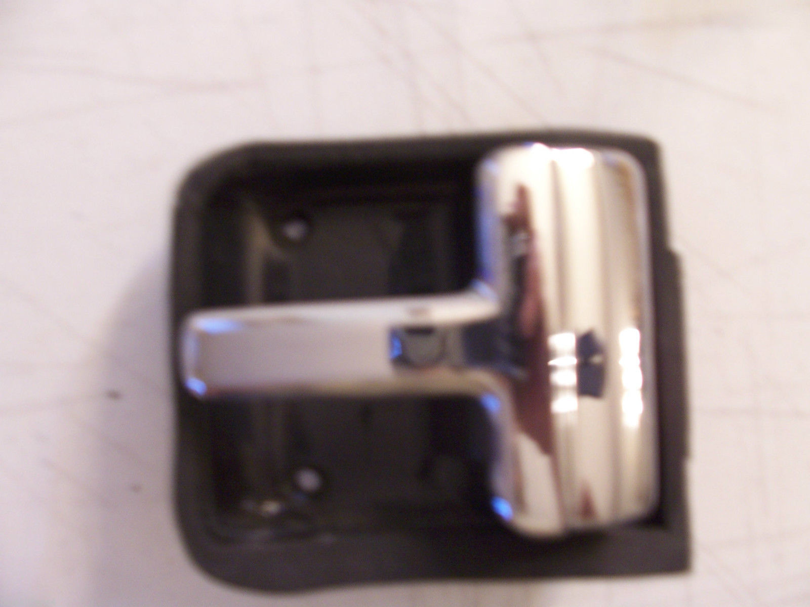 CONTINENTAL INTERIOR DOOR HANDLE INSIDE RIGHT OEM USED LINCOLN 88 89 90 91 92 93 image 9