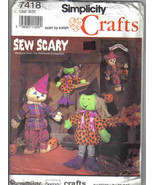Simplicity 7418 Pattern Scarecrow Witch Halloween yard decor doll charac... - $7.77