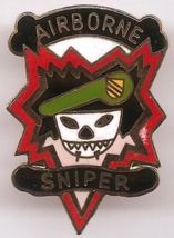 "Vintage US Army Special Forces Green Berets Airborne Sniper 1 1/4"" DI Crest Pin - $4.00"