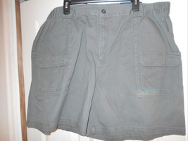 NWT CROFT & BARROW MENS SHORTS SIDE ELASTIC OLI... - $18.31