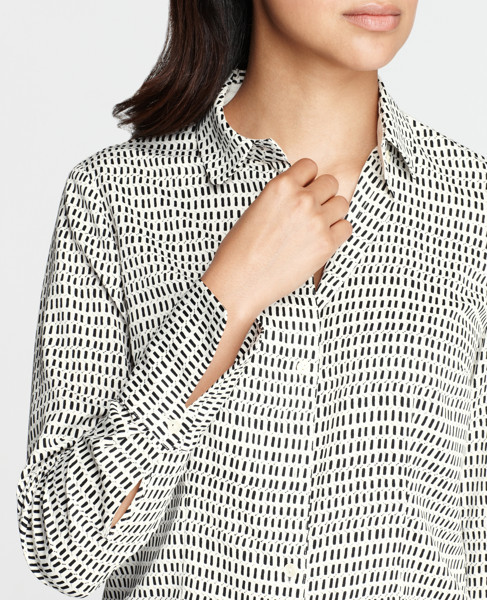 Ann Taylor graphic looms print blouse, size 12, NWT