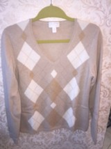 NWOT Charter Club 100% Cashmere Beige Cream Diamond Pattern V Neck SZ M - $45.53