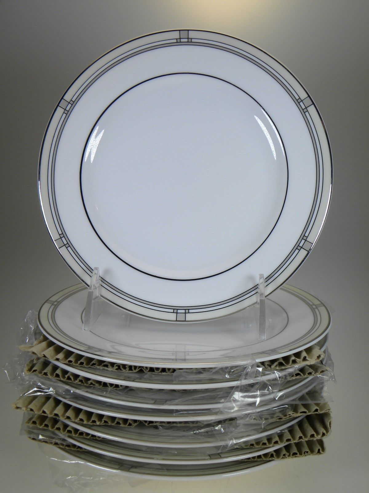 Royal Worcester Mondrian Bread & Butter Plates Set of 8