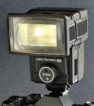 Vivitar Auto 265 Zoom Thyristor Flash Works Great for 35mm & Even Digita... - $29.00