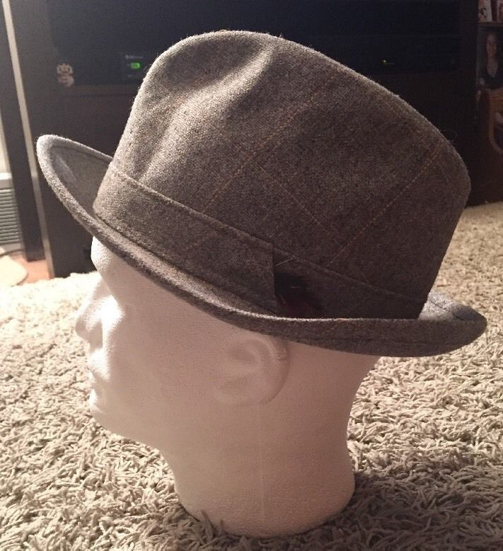 f46972ca384be Vintage Sears Gray Fedora Hat