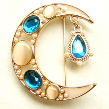 Brooch Waning Waxing Moon Teardrop White Blue Gold Crystal Sparkle Pin Gift - $8.99