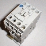 >> Generic CONTACTOR,110V COIL,50-60HZ,16 AMP 330175, Speed Queen 330175