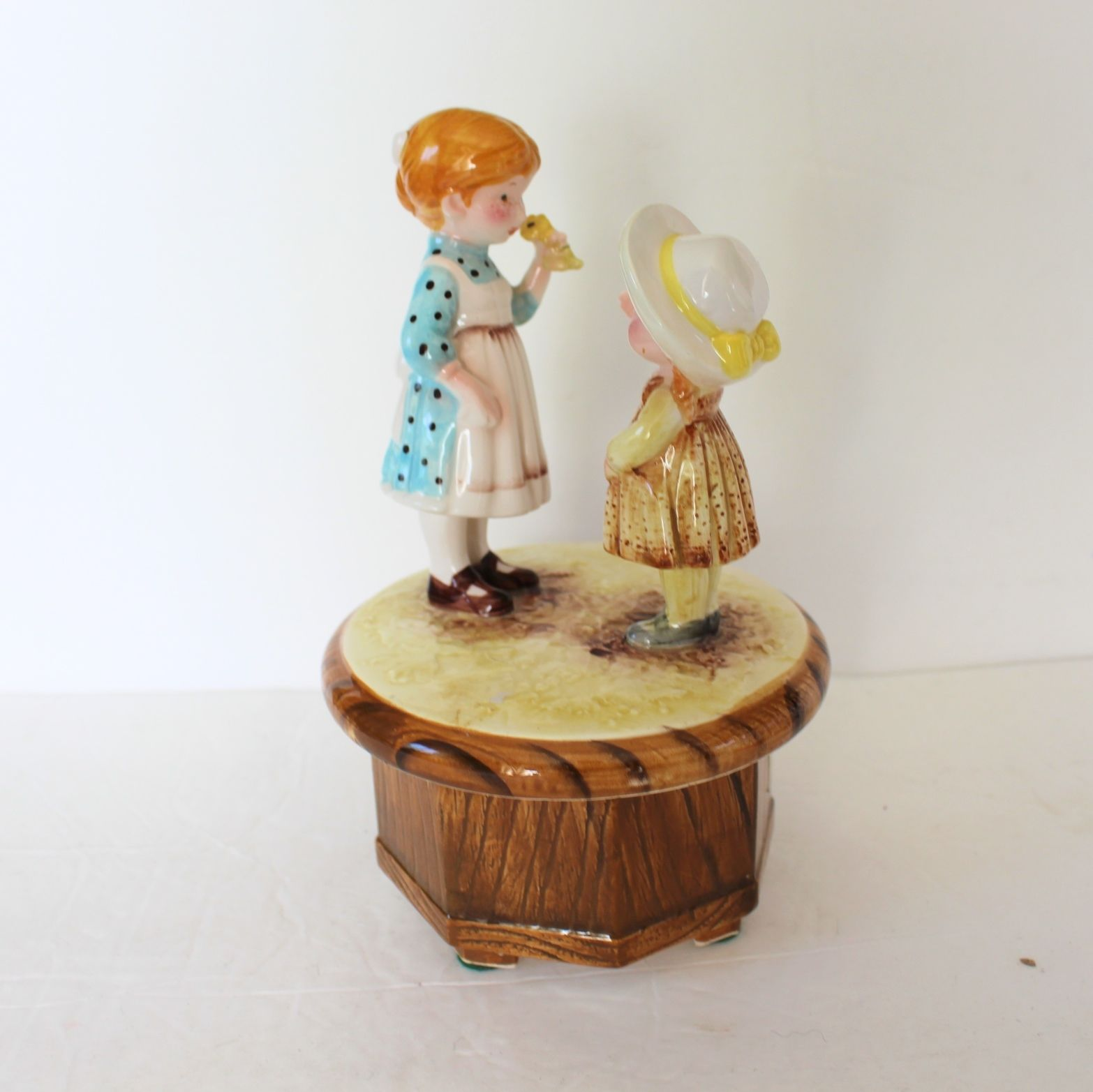 Vtg american greetings music box try to and 50 similar items vtg american greetings music box try to remember japan 1971 ceramic see video m4hsunfo