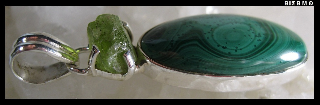 MALACHITE PENDANT in STERLING Silver with Natural PERIDOT - FREE SHIPPING