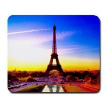 Eiffel Tower Design 5 - $163,25 MXN