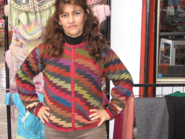 New sweaters  new offers   cumple sheila y luisito 099