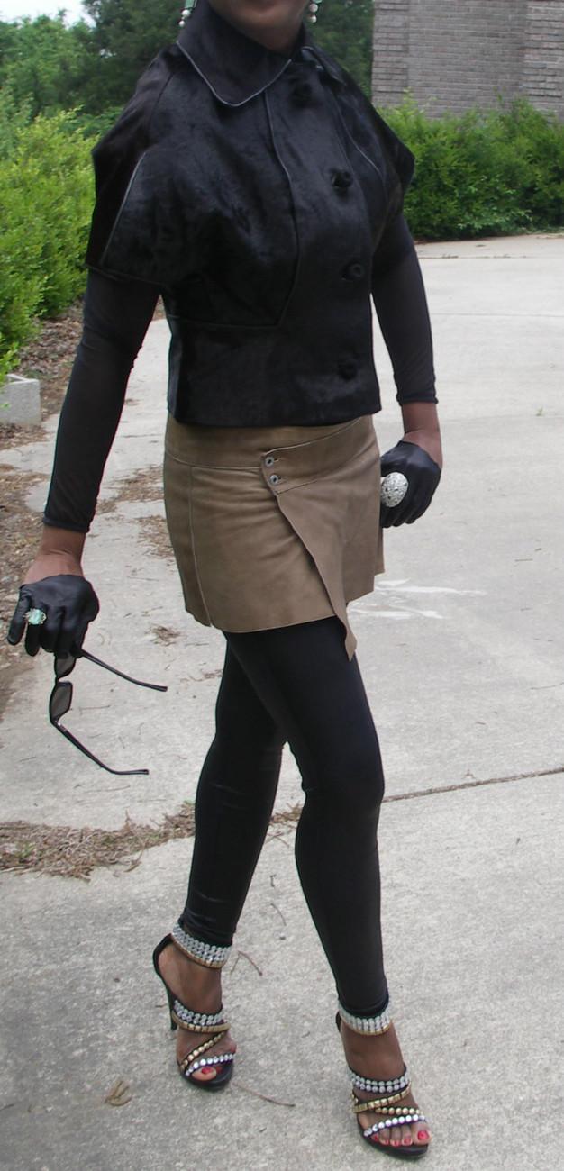 Nwot New Stylish High fashion Black calf Pony Fur Coat Bolero stroller cape  S-4