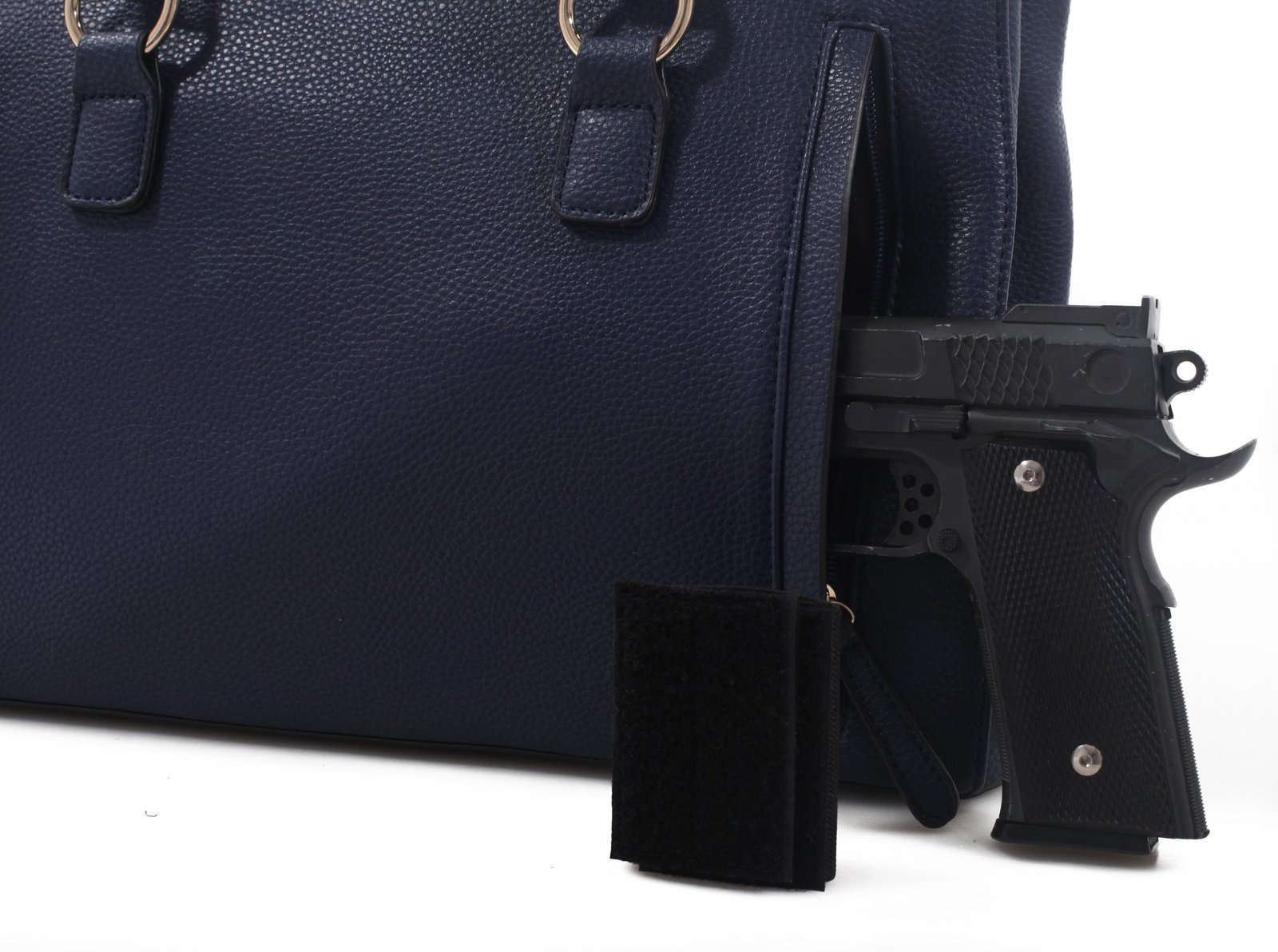 Emperia Dina Womens Concealed Carry Lock and Key Satchel Satchel with  Matchin. cdc8faecc358b