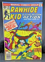 Marvel Comics 1976 RAWHIDE KID #136 Shoot-out with The Black Jack Bordon Gang - £13.66 GBP