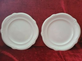 Southern Living Home Gallery White Collection Set of 2 dinner plates - $34.60