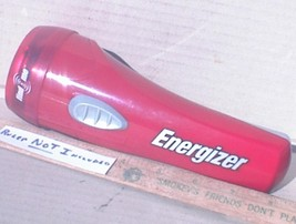 Unusual Cool Eveready Energizer FIND ME Flashlight Works Nice Blinks in Dark  - $9.99