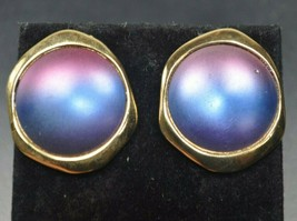 Vtg 80s BERGERE Blue Pink Iridescent Modernist Gold Tone Pierced Earrings - $12.60