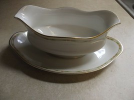 Theodore Haviland France Schleiger 169A gravy boat with underplate 1 ava... - $20.54