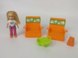 Fisher Price Loving Family Lot Mobile Home Beach Chairs Girl Child Sand ... - $20.74