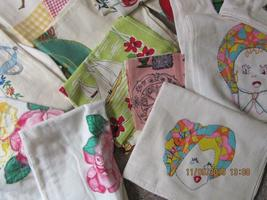 Lot of 25 Vintage teatowels dish towels assorted sizes colors condition fabrics image 3