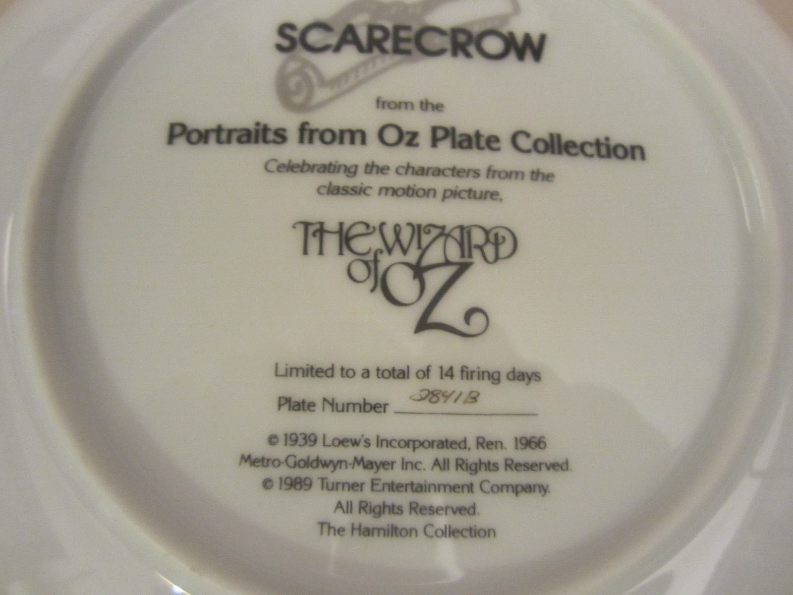 SCARECROW collector plate WIZARD OF OZ PORTRAITS Thomas Blackshear