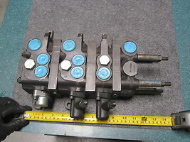 Vickers 02-101222 / 02101222 3 Spool Control Valve New - $777.15