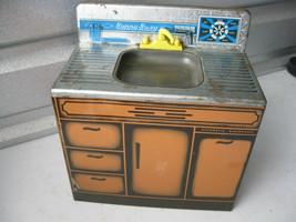 """Vintage """"Wolverine Toy Co."""" Tin Toy Kitchen Sink/Dishwasher - $24.74"""