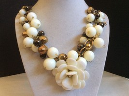 "White lucite gold tone metal beaded cluster Flower pendant necklace 19.5""L - $23.76"
