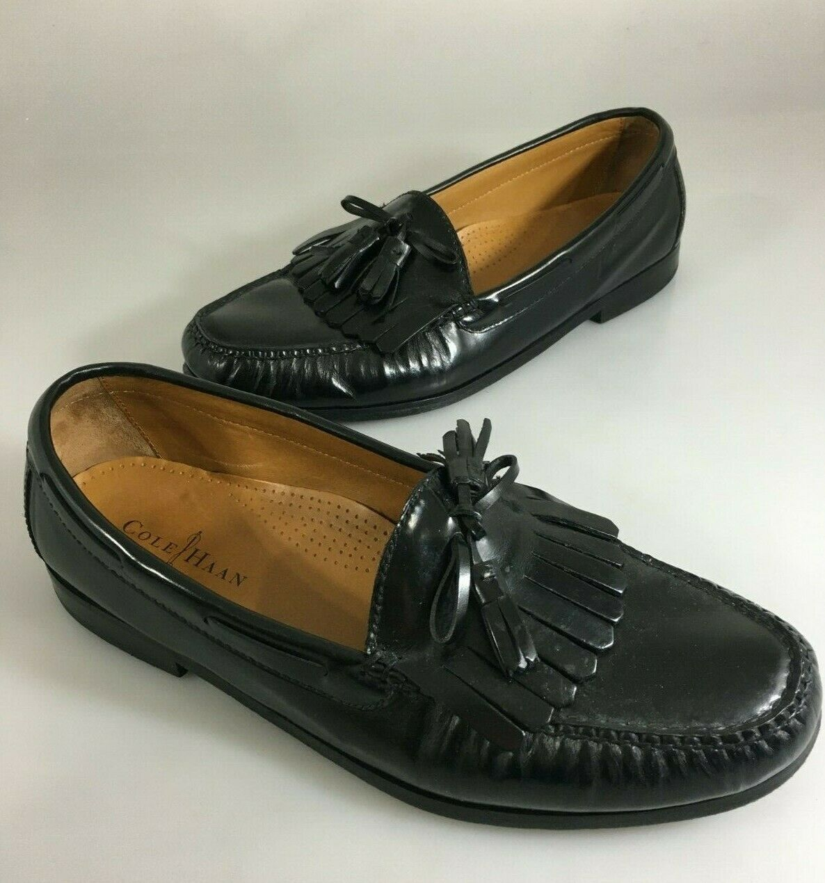 Primary image for Cole Haan Mens 11 EEE Black Leather Kiltie Tassel Loafers Shoes Slip-Ons