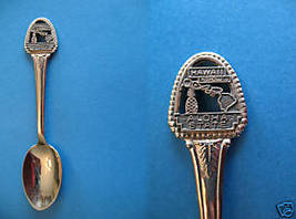 Hawaii Aloha State Souvenir Collector Spoon Collectible Pewter Pineapple Emblem - $5.95