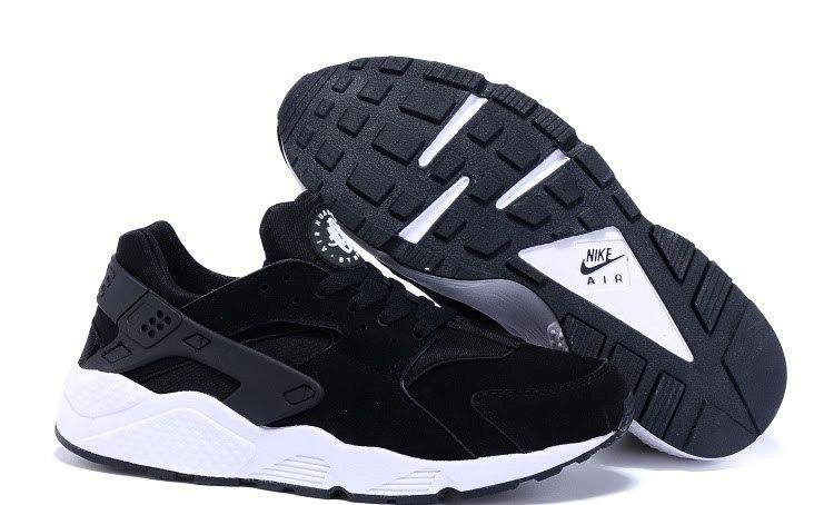 nike air huarache for black w white sole suede