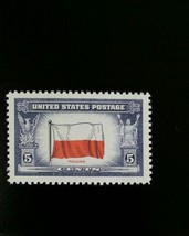 1943 5c Poland Flag, Overrun Nation World War II Scott 909 Mint F/VF NH - $0.99