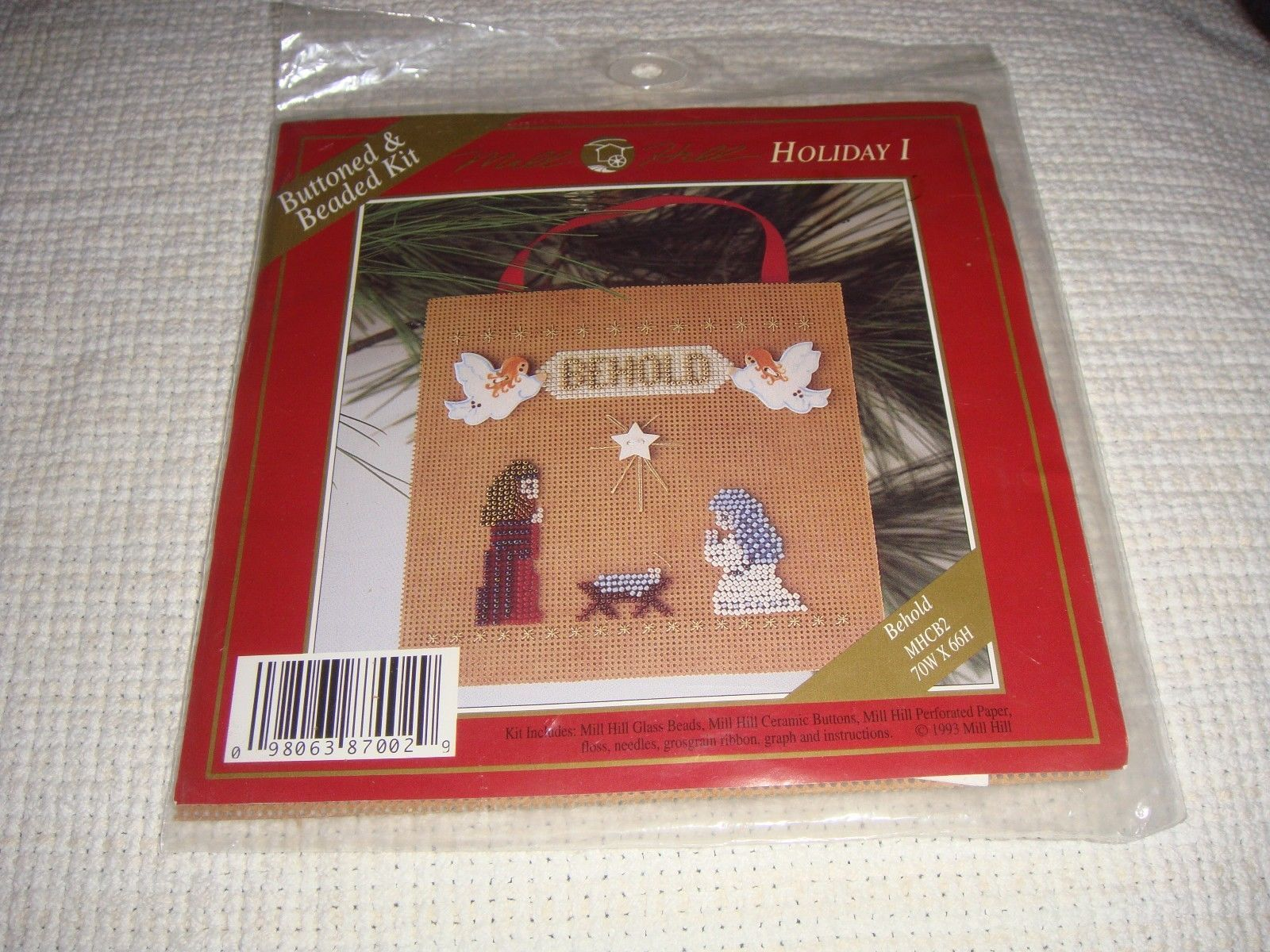 Mill Hill Behold Holiday I Buttoned & Beaded Cross Stitch Kit image 3