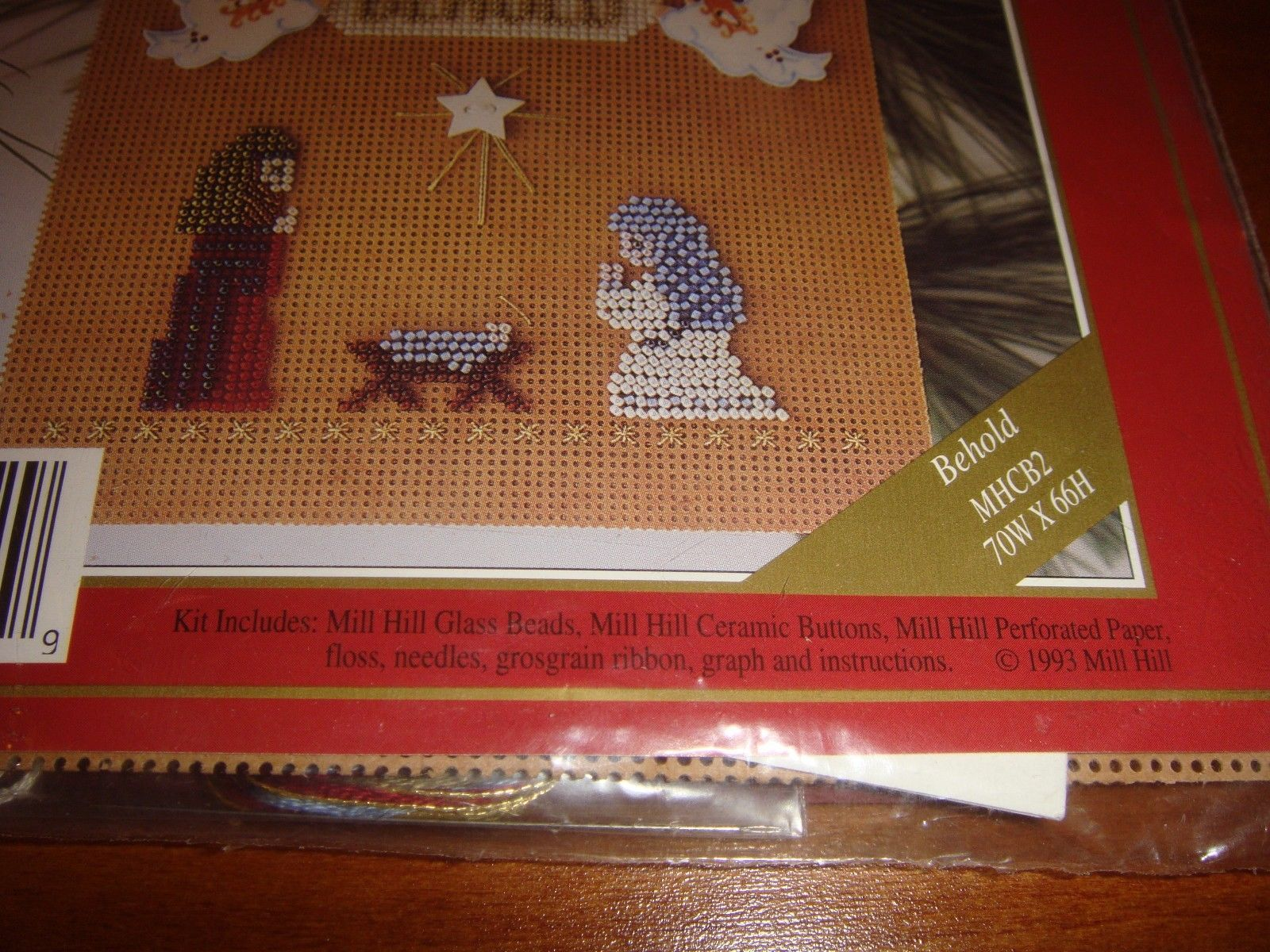 Mill Hill Behold Holiday I Buttoned & Beaded Cross Stitch Kit image 5