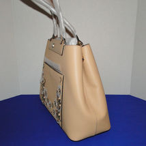 Michael Kors Meredith Med E/W Bonded Leather Tote Butternut image 3