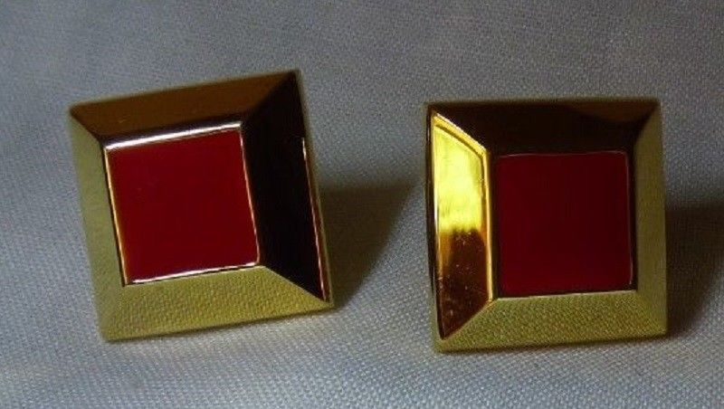Primary image for Pair NAPIER 1965 Screw Back Clip on Earrings Goldtone & Red Diamond Shape