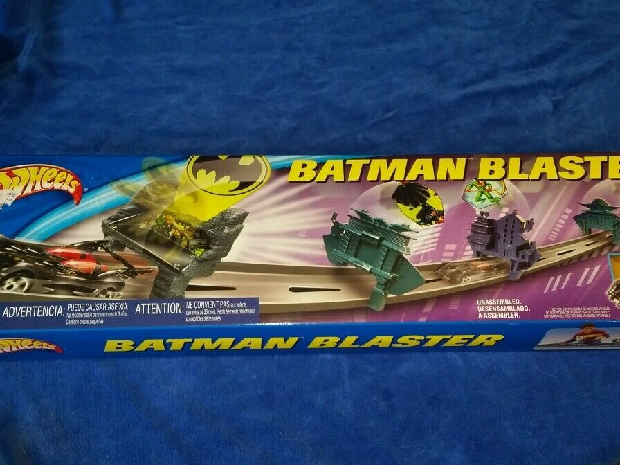 Primary image for Hot Wheels Batman Blaster Gotham City track set and Batmobile NEW, never opened