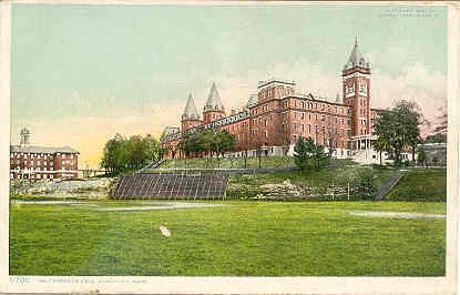 Holy Cross College  vintage Post Card