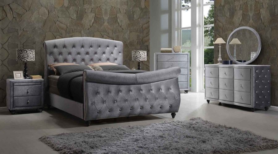 Meridian Hudson Sleigh King Size Bedroom Set Chic Contemporary 2 Night Stands