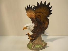 Porcelain Attack Eagle Figurine Statue n706 - $44.99