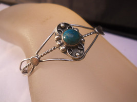Cuff Bracelet With Color Stone Fashion Jewelry - $19.99