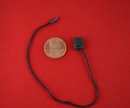 "7"" 200 Pcs Black Hang Tag Nylon String FLAT Lock Pin Loop Fastener Hook ... - $10.18"